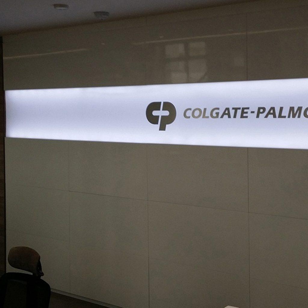 Colgate | Signage Production Studio | SPSColgate x